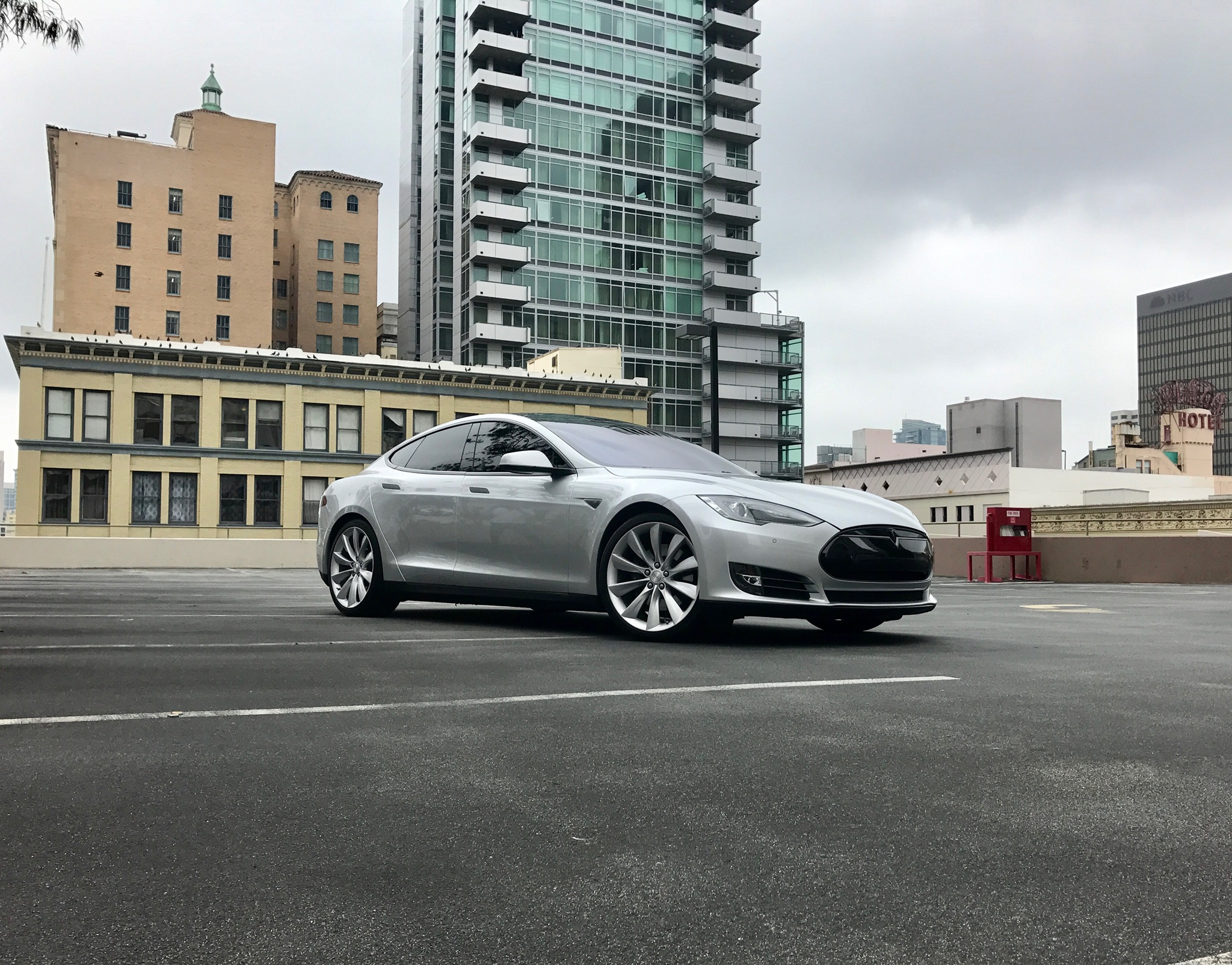 2014 Tesla Model S P85D Silver in San Diego